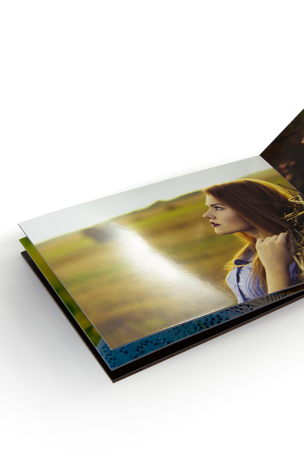 lustre paper Photo paper pro luster has a beautiful luster finish for great color saturation and a soft feel luster finish provides an elegant surface that resists fingerprints.